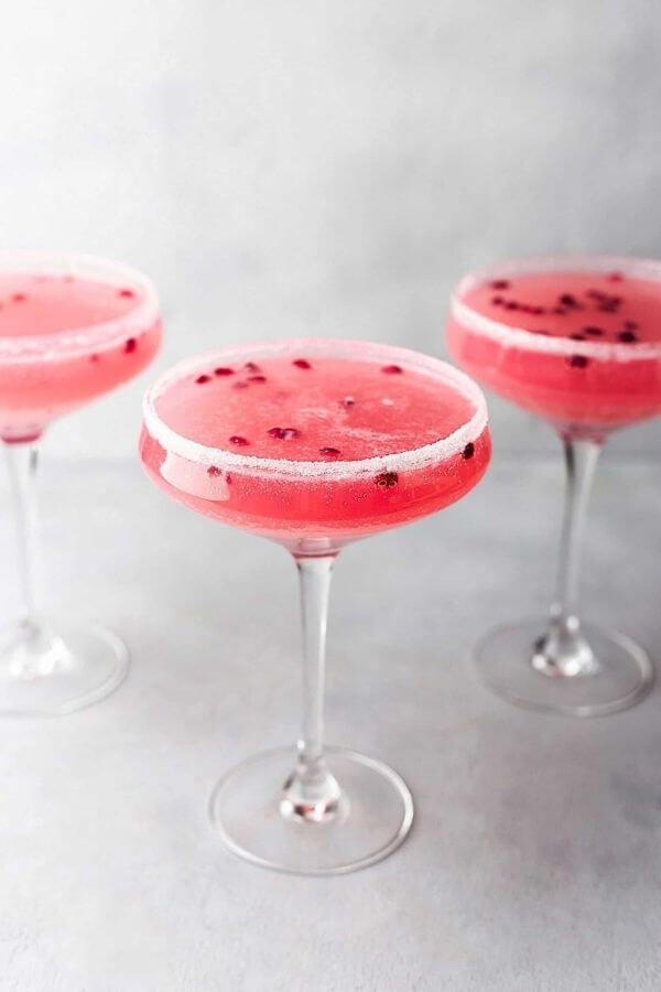 source: cupfulofkale.com/ Looking for some new Valentine's Day cocktail recipes? Here are 20+ Pink Valentines Cocktails that are perfect for that special day! And pretty too! #valentinesdaycocktails #pinkcocktails #valentinecocktailrecipes #pinkcocktailrecipes