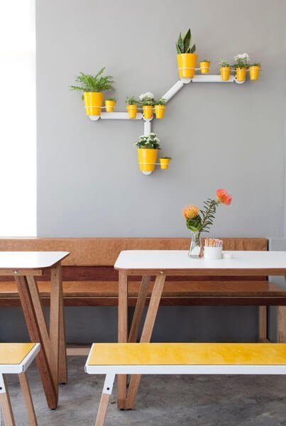 source: remodelista.com/ On this week's Monday Muse, we're celebrating Pantone's 2021 colour of the year - Ultimate Gray and Illuminating!  Find interior inspo & decorating faves! #pantone2021 #pantone2021colortrendsinterior #pantonecolors #yellowandgreyinterior #tulipandsage