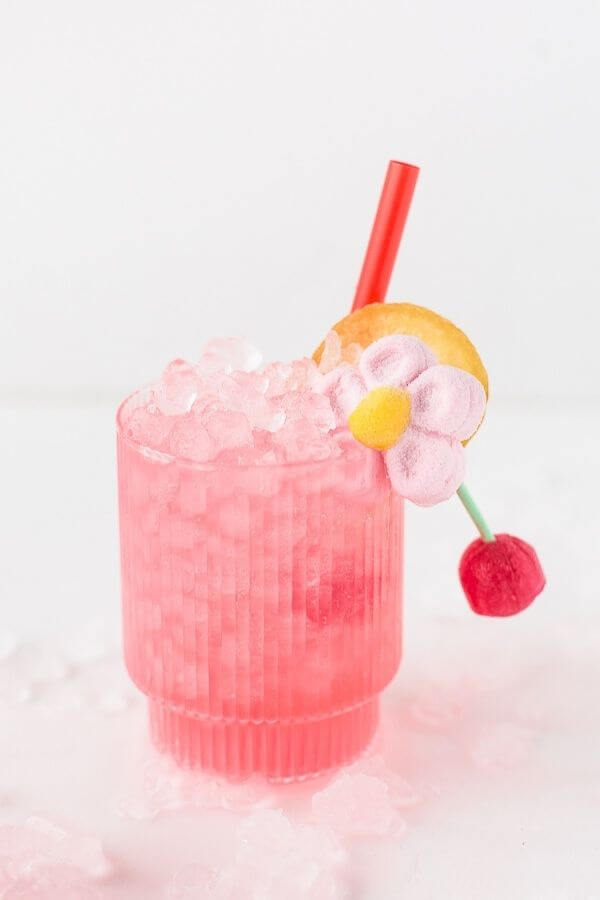 source: papernstitchblog.com/ Looking for some new Valentine's Day cocktail recipes? Here are 20+ Pink Valentines Cocktails that are perfect for that special day! And pretty too! #valentinesdaycocktails #pinkcocktails #valentinecocktailrecipes #pinkcocktailrecipes