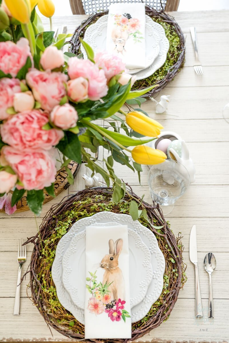 source: homestoriesatoz.com/ Happy (almost) Easter!  Looking for some Easter tablescapes to inspire your table setting this year?  Here are the beautiful ones inspiring me! #eastertablescapes #eastertablescapesideas #eastertablesettings #eastertabledecor #easter #tulipandsage