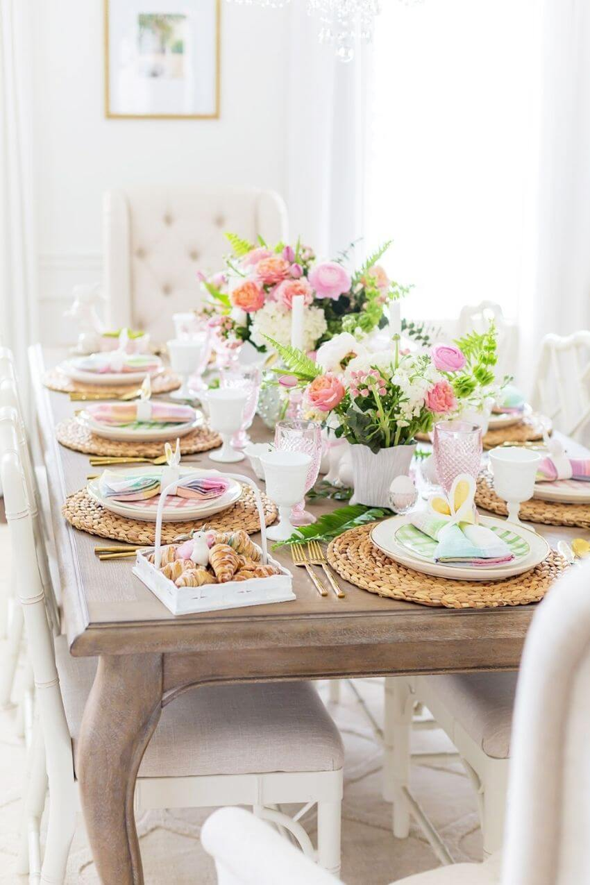 source: pizzazzerie.com/ Happy (almost) Easter!  Looking for some Easter tablescapes to inspire your table setting this year?  Here are the beautiful ones inspiring me! #eastertablescapes #eastertablescapesideas #eastertablesettings #eastertabledecor #easter #tulipandsage