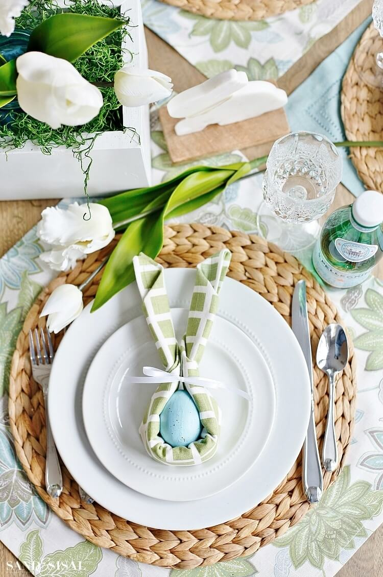 source: sandandsisal.com/ Happy (almost) Easter!  Looking for some Easter tablescapes to inspire your table setting this year?  Here are the beautiful ones inspiring me! #eastertablescapes #eastertablescapesideas #eastertablesettings #eastertabledecor #easter #tulipandsage