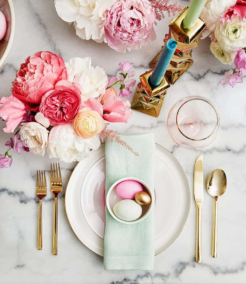 source: stylebyemilyhenderson.com/ Happy (almost) Easter!  Looking for some Easter tablescapes to inspire your table setting this year?  Here are the beautiful ones inspiring me! #eastertablescapes #eastertablescapesideas #eastertablesettings #eastertabledecor #easter #tulipandsage