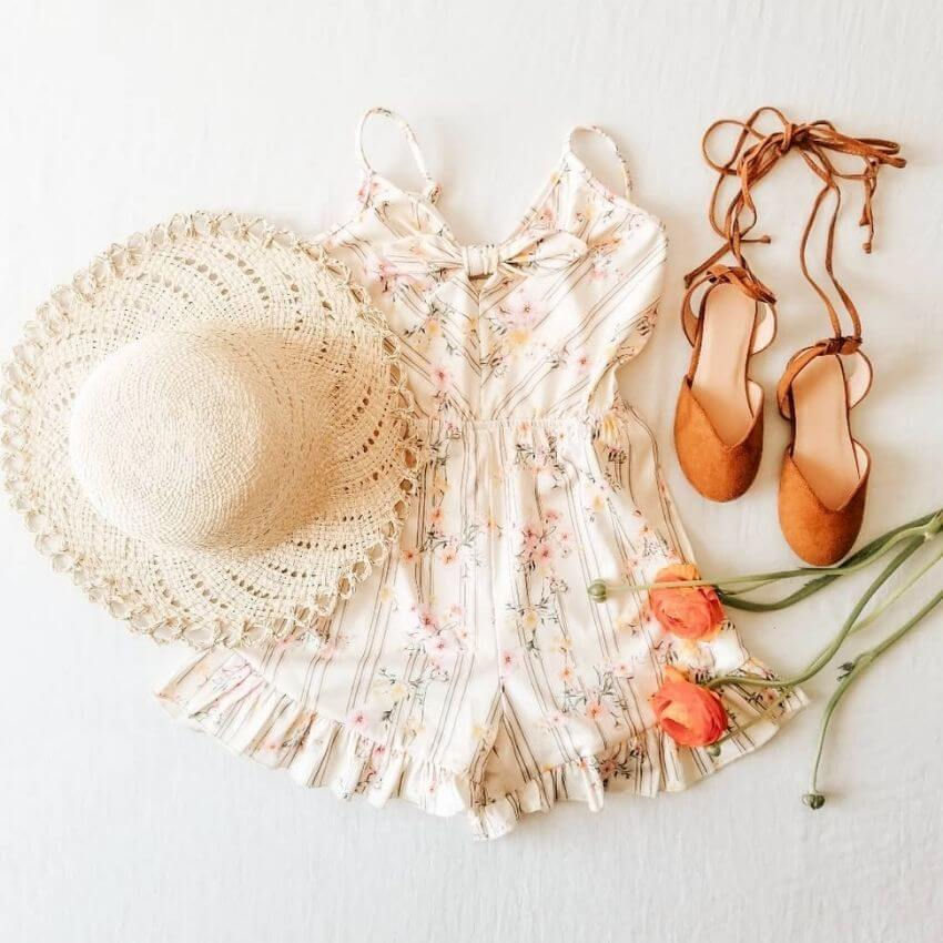 source: feathered_breaths/ Who else is ready for some warmer weather? To celebrate this beautiful season, peek through The Spring Edit for florals, pastels, and all things SPRING! #springaesthetic #spring #springinspiration #springquotes #tulipandsage