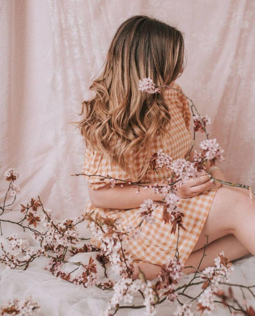 source: littlepaperswan/ Who else is ready for some warmer weather? To celebrate this beautiful season, peek through The Spring Edit for florals, pastels, and all things SPRING! #springaesthetic #spring #springinspiration #springquotes #tulipandsage