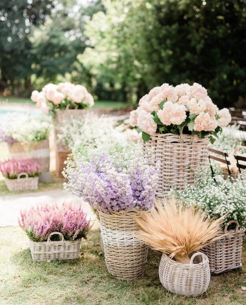 source: marthastewart/ Who else is ready for some warmer weather? To celebrate this beautiful season, peek through The Spring Edit for florals, pastels, and all things SPRING! #springaesthetic #spring #springinspiration #springquotes #tulipandsage