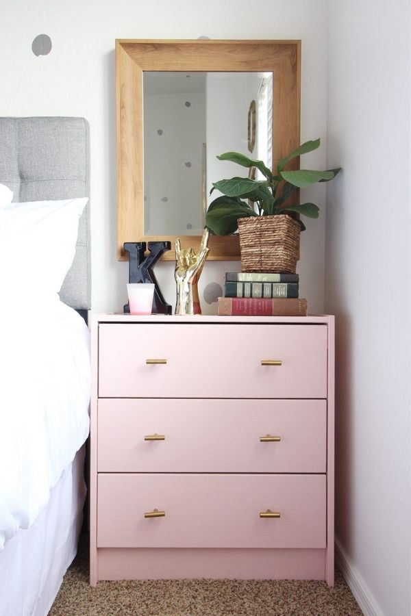 source - classyclutter.net/ Who else is obsessed with IKEA dresser hacks?! Looking for ways to refresh your IKEA dresser or chest of drawers? Here are my absolute favourite hacks! #ikeahacks #ikeahackideas #ikeadresserhack #ikeadressermakeover #ikeachestofdrawershack #tulipandsage