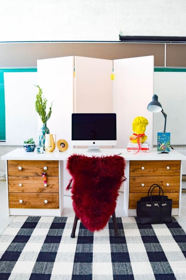 source - pmqfortwo.com/ Who else is obsessed with IKEA dresser hacks?! Looking for ways to refresh your IKEA dresser or chest of drawers? Here are my absolute favourite hacks! #ikeahacks #ikeahackideas #ikeadresserhack #ikeadressermakeover #ikeachestofdrawershack #tulipandsage