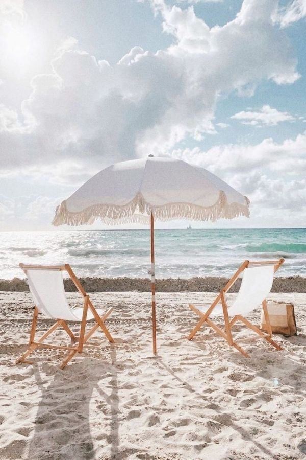 source - theinside.com/ Who else is so looking forward to the summertime? Road-tripping, barbeques, patio dining - the list goes on! Browse through for some serious summer vibes! #summervibes #summeraesthetic #summer #summerinspiration #summerideas #tulipandsage