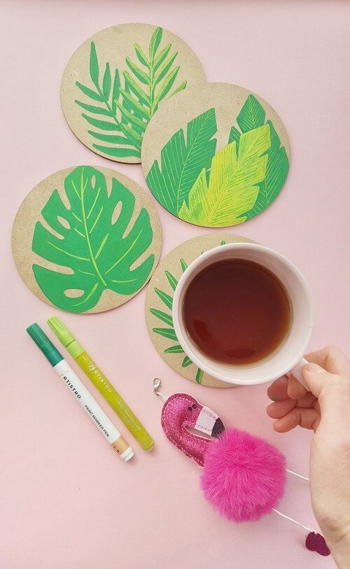 source - artistro.com/ Looking for some summer DIY projects to try? Check out 10 of my favourite ones - from adorable plant pots to stylish sun hats, I'm loving them all! #summerdiy #summerdiyprojects #summerdiycrafts #summerdiydecor #diysummerdecor #diysummercrafts #tulipandsage